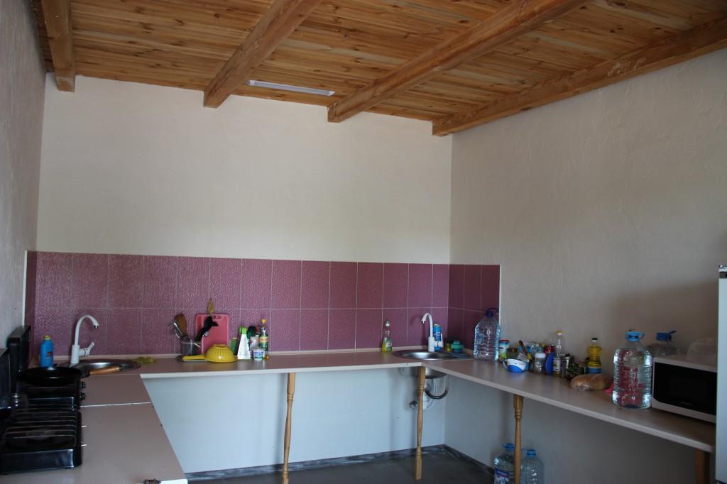 Общая кухня в эконом номерах